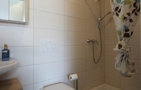 AB Beckerstr.   4-Personen-Appartement Nr. 93   Badezimmer